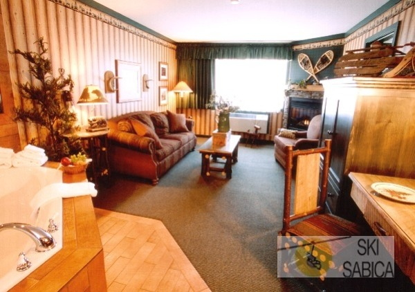 Best Western Fernie Mountain Lodge. Suite.