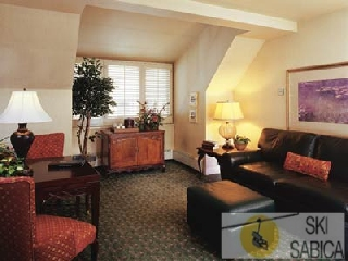 Beaver Creek Resort Properties. Interior de apartamentos,