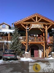 Breckenridge Mountain lodge. Vista exterior.
