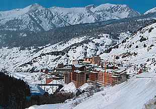 Hotel Magic Canillo + Forfait Grandvalira